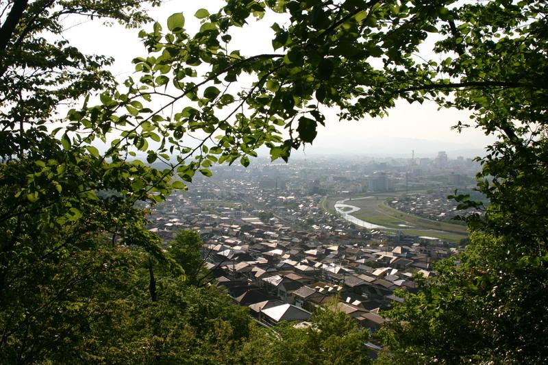 平山城址から望む